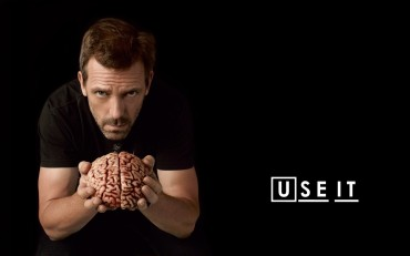 Dr-House-use-brain-funny-wallpaper